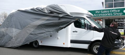 Benefits of using car covers for your cars and RVs